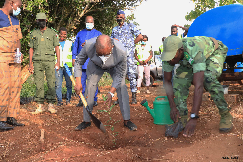 Journée nationale de l'arbre dans le grand Lomé, le CET a accueilli de nouveaux plants